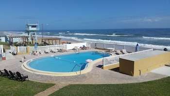 Ormond Beach bölgesindeki Driftwood Beach Motel resmi