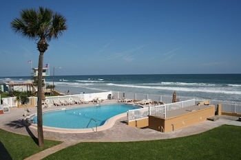 Picture of Driftwood Beach Motel in Ormond Beach