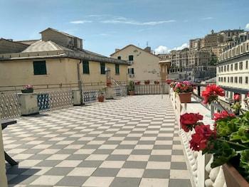 15 Closest Hotels to Genoa Genova Piazza Principe Station in