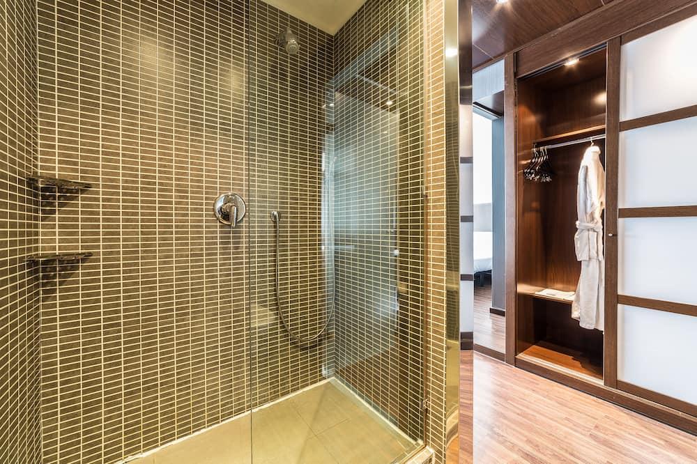Chambre Standard, 1 très grand lit, non-fumeurs (Standard Plus) - Salle de bain