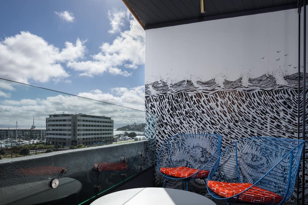Izba, výhľad na prístav (QT Gallery) - Výhľad z balkóna