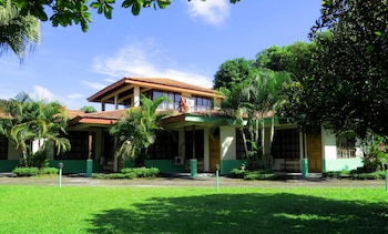 Picture of Hotel Jardines Arenal in La Fortuna