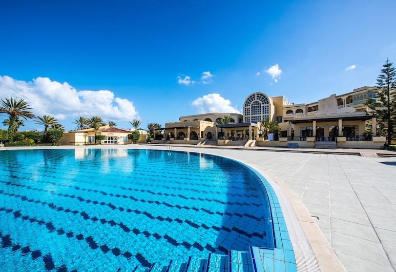 منتجع قرطاج ثالاسو, المرسى, حمام سباحة