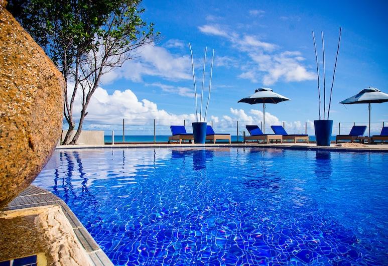 ココ デ メール ホテル ブラック パロット スイーツ, プララン島, 屋外プール