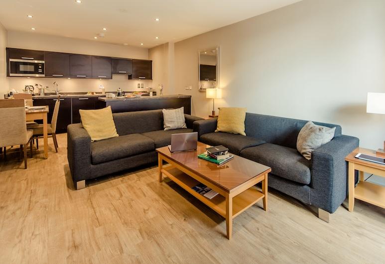 PREMIER SUITES Manchester, Manchester, Apartment, 2 Bedrooms, Living Area