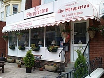 Picture of Shepperton Hotel - Bed and Breakfast in Blackpool