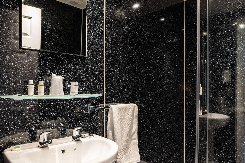 ห้องสแตนดาร์ดดับเบิล, ห้องน้ำในตัว - ห้องน้ำ