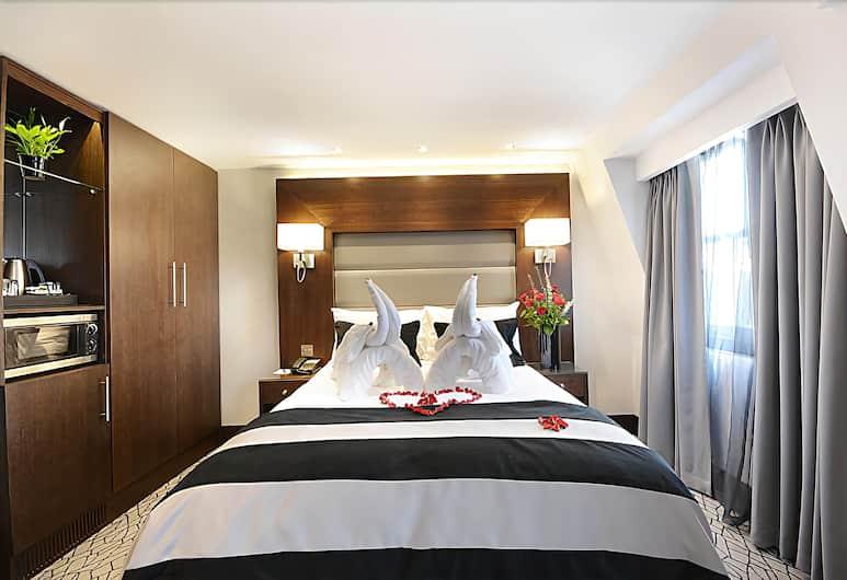 Paddington Court Rooms, London, Club Double Room, Guest Room