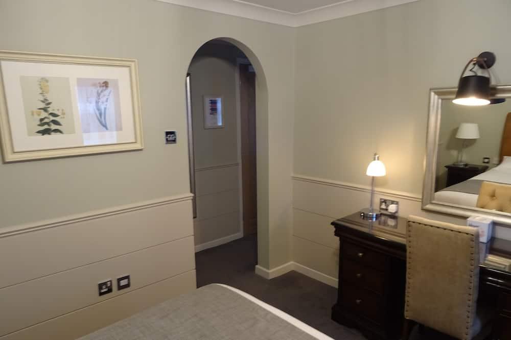 Signature-Doppelzimmer, 1Doppelbett und Schlafsofa - Wohnbereich