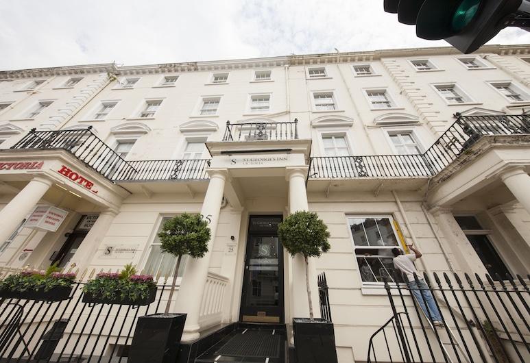 St George's Inn Victoria, London, Hotelfassade