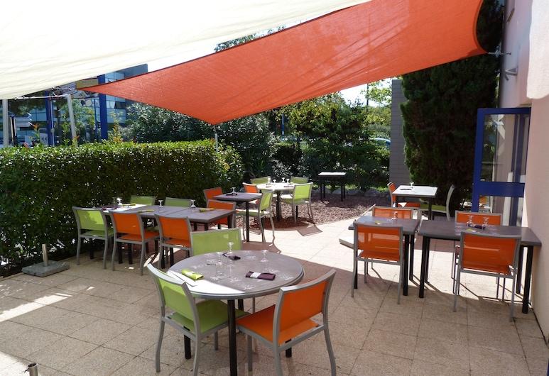 Best Hôtel Montpellier Est Millénaire, Montpellier, Restauration en terrasse