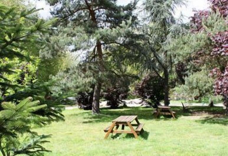 Citotel Lodge La Valette, Cesson-Sevigne, Garden