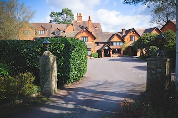 Picture of The Casa Hotel in Yateley