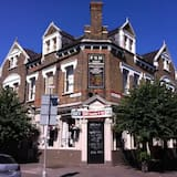 Forest Gate Hotel