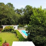 Standard Twin Room - Courtyard View