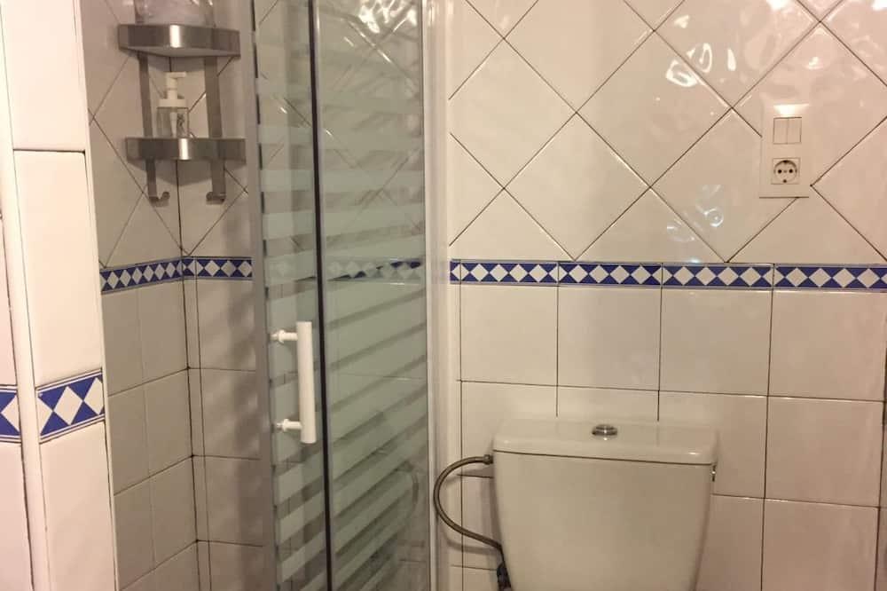 Chambre Double, salle de bains commune, dans la tour - Salle de bain