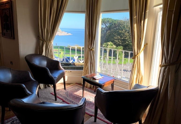 Mansion House, Scarborough, Hotel Lounge