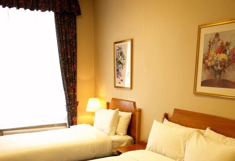 Victor Hotel London Victoria, London, Dreibettzimmer, Zimmer