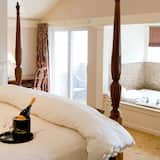 Luxury Suite, 1 King Bed (South Resort) - Guest Room