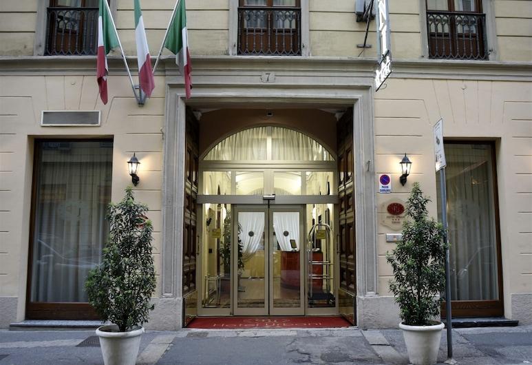 Hotel Urbani, Torino, Facciata hotel (sera/notte)