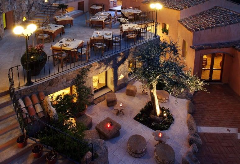 Arathena Hotel, Olbia, Terrasse/Patio