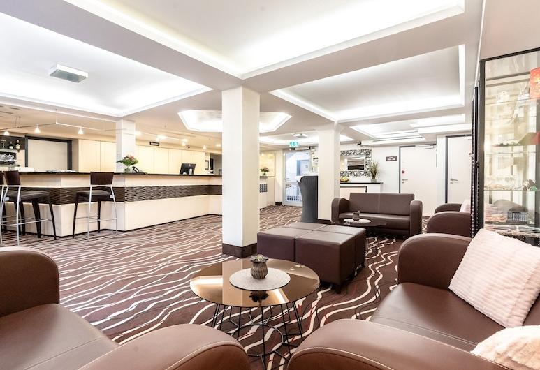 Hotel DEMAS Garni, Unterhaching, Salottino della hall