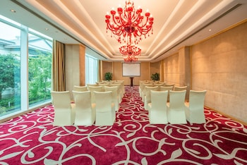 Picture of Crowne Plaza Suzhou in Suzhou