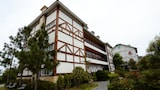 Book this Free Breakfast Hotel in Ren-ai