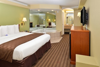 Picture of Americas Best Value Inn & Suites University Ave in Little Rock
