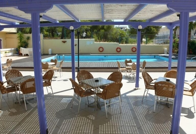 Katerina, Aegina, Hotelový areál
