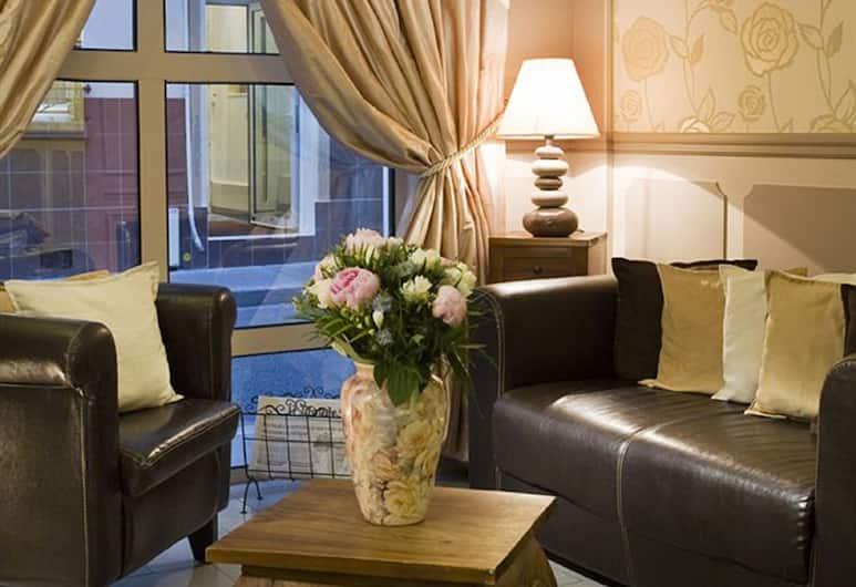 Hotel Alexandrie, Pariz, Predvorje