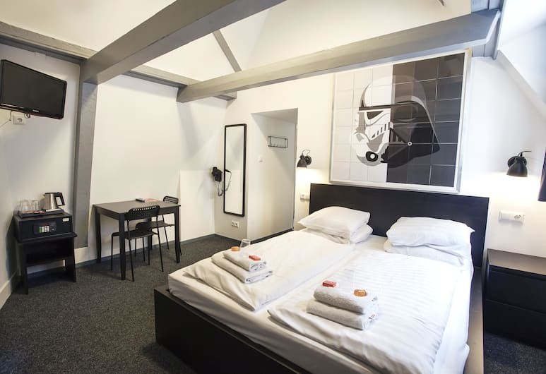 St. Christopher's at The Winston, Amsterdam, Premium-Zimmer, 1 Doppelbett, eigenes Bad, Zimmer