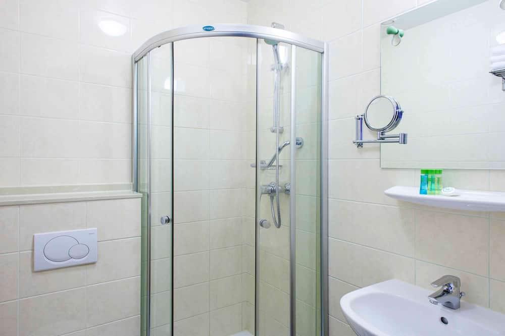 Zweibettzimmer, 2Einzelbetten - Badezimmer