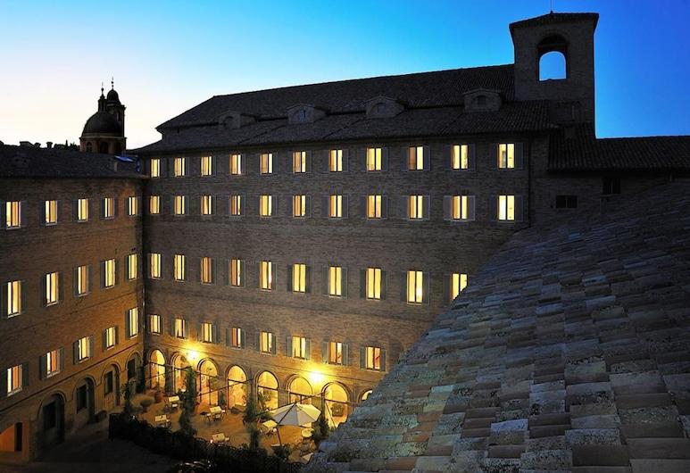Hotel San Domenico, Urbino, Aerial View