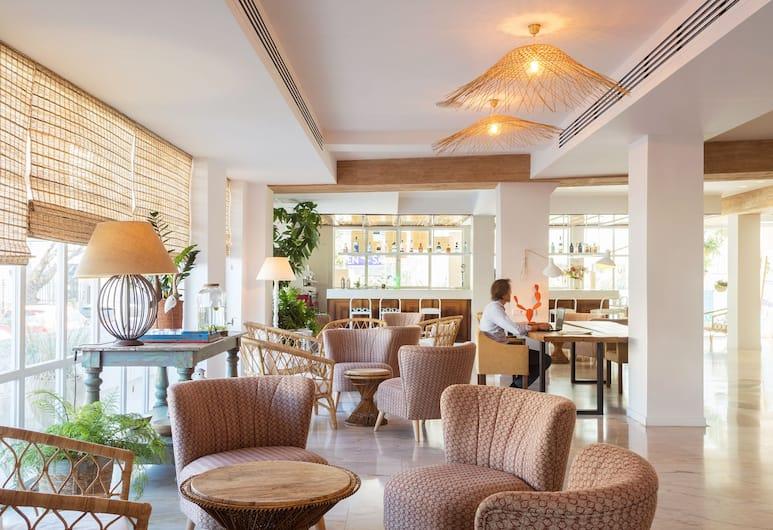 The 15th Boutique Hotel, Lloret de Mar, Hotelbar