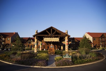 Picture of Great Wolf Lodge , Ripley's Water Park Resort in Niagara Falls