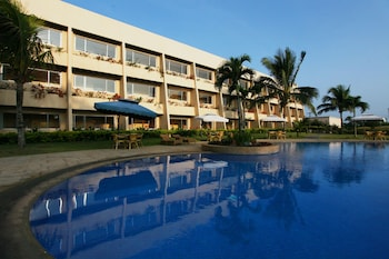 Picture of Taal Vista Hotel in Tagaytay
