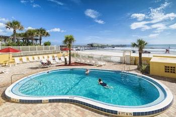 Picture of Beach Quarters Resort Daytona in Daytona Beach