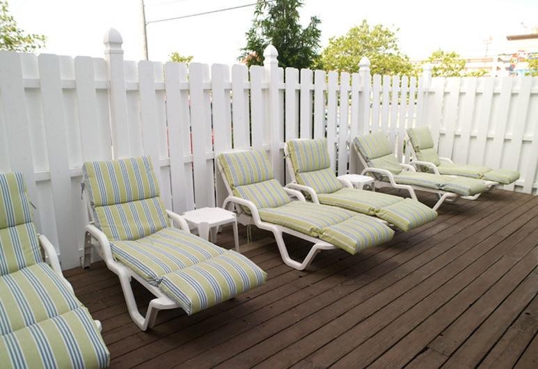 Cayman Suites Hotel, Ocean City, Teras/Veranda