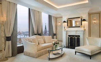 Choose This Luxury Hotel in Moscow