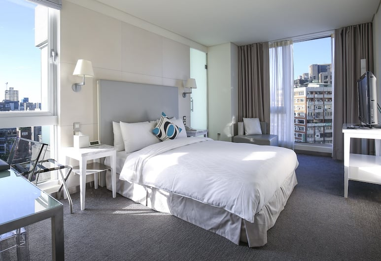 Ambience Hotel Taipei, Taipei, Elite Room, 1 Double Bed, Bathtub, City View, Guest Room