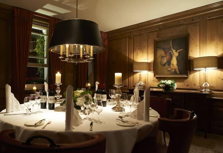 Durrants Hotel, London, Restaurant