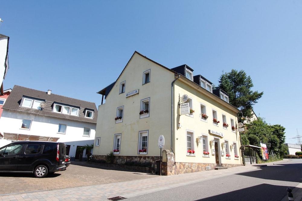 Hotel Restaurant Adria-Stuben, Urbar