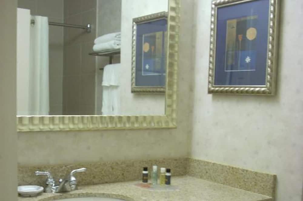 Quarto Deluxe, 1 cama king-size - Casa de banho