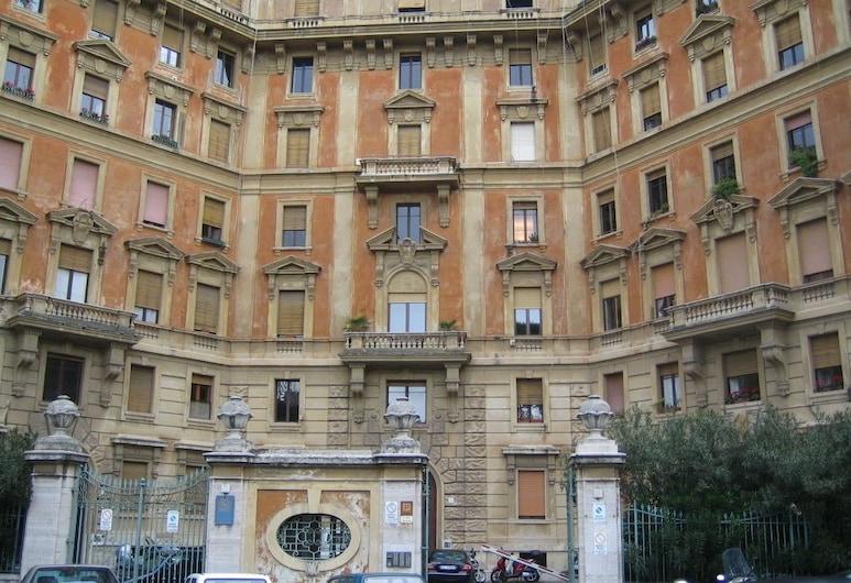 Roma dei Papi-Hotel de Charme, Rome, Hotel Front