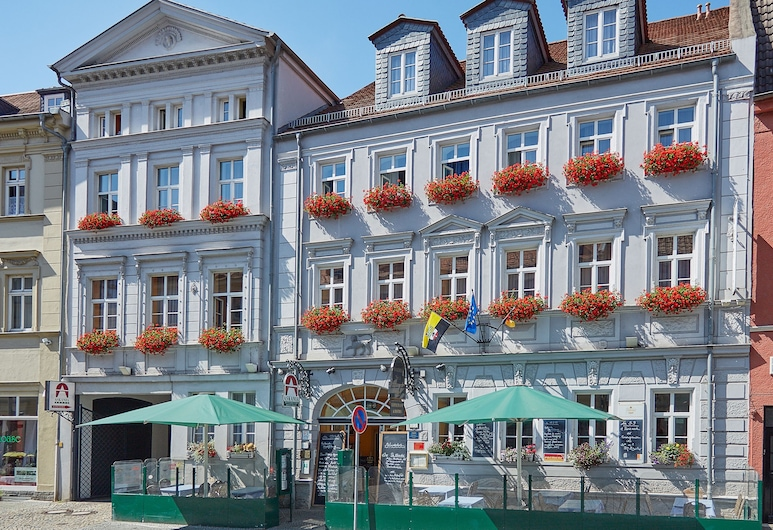 Askania Hotel Bernburg, Bernburg, Fasada hotelu