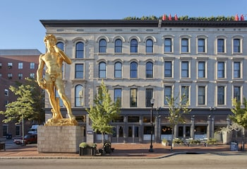 Picture of 21c Museum Hotel Louisville in Louisville