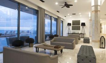 Choose This Luxury Hotel in Funchal