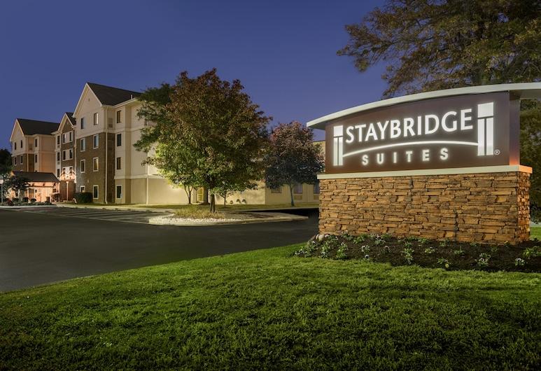 Staybridge Suites Wilmington-Newark, Newark