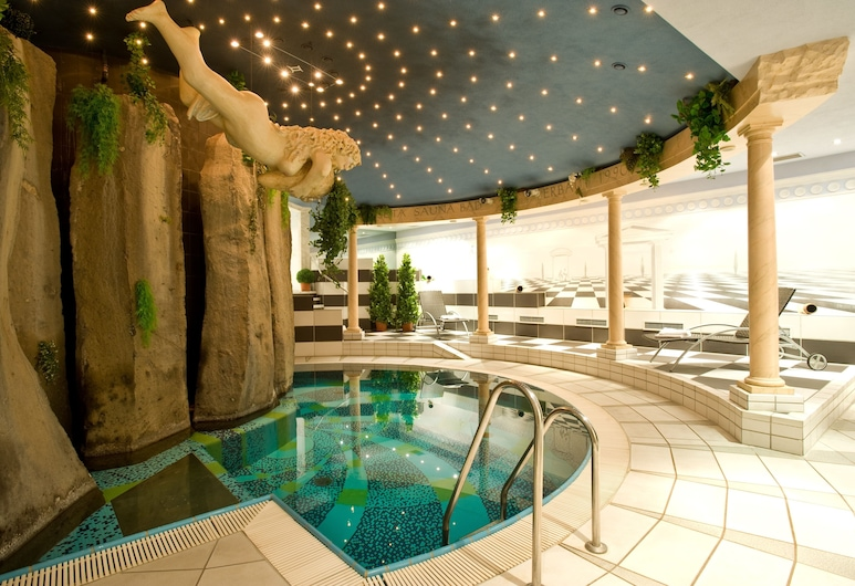 SETA Hotel, Bad Neuenahr-Ahrweiler, Krytý bazén
